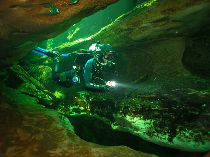 Cavern Diver at Blue Springs
